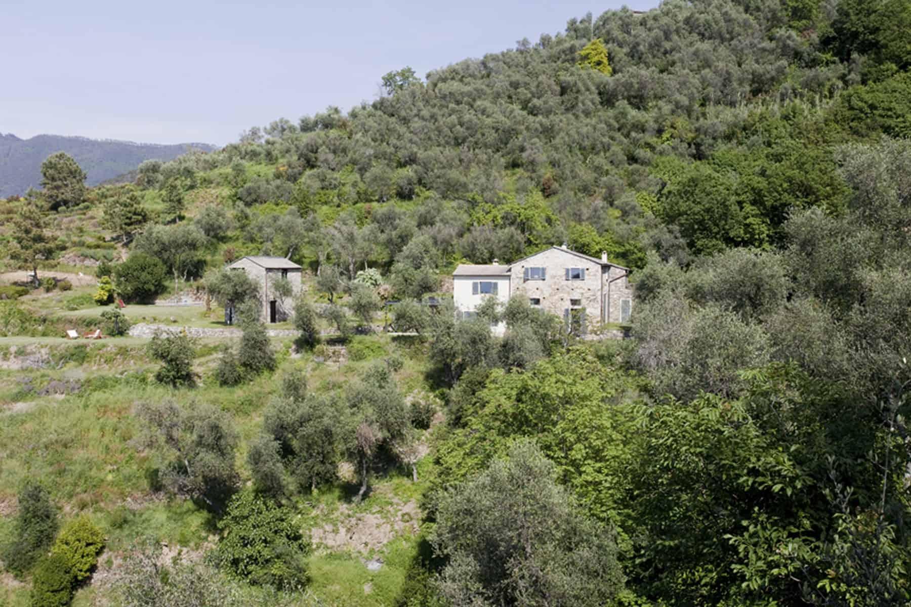 Farmhouse Restoration A2BC Architects SibillAssociati (1)