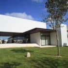 MCC House by Seijo Peon Arquitectos (3)