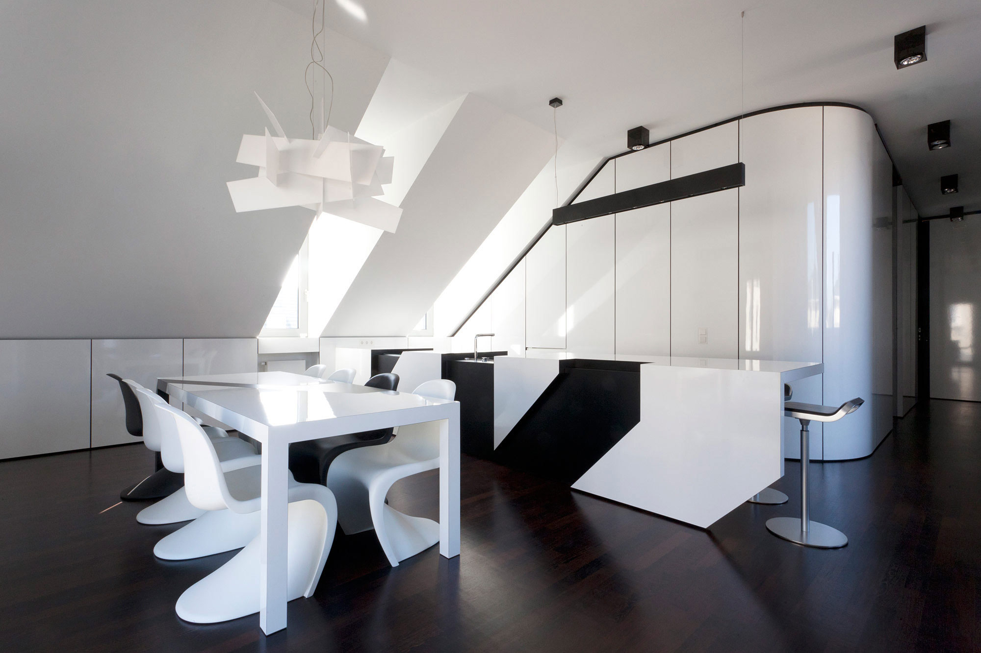 NIC by n-lab architects