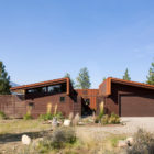 Wolf Creek View Cabin by Balance Associates Architects (3)