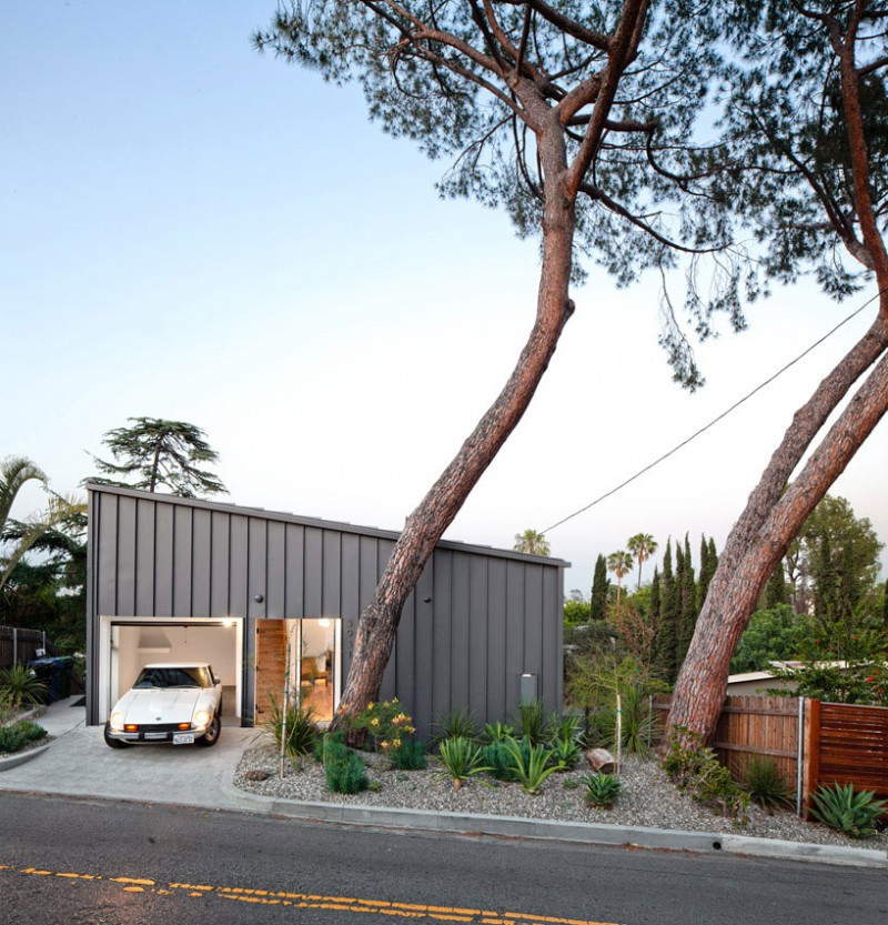 Big small house by anonymous architects - Maison car park los angeles anonymous architects ...