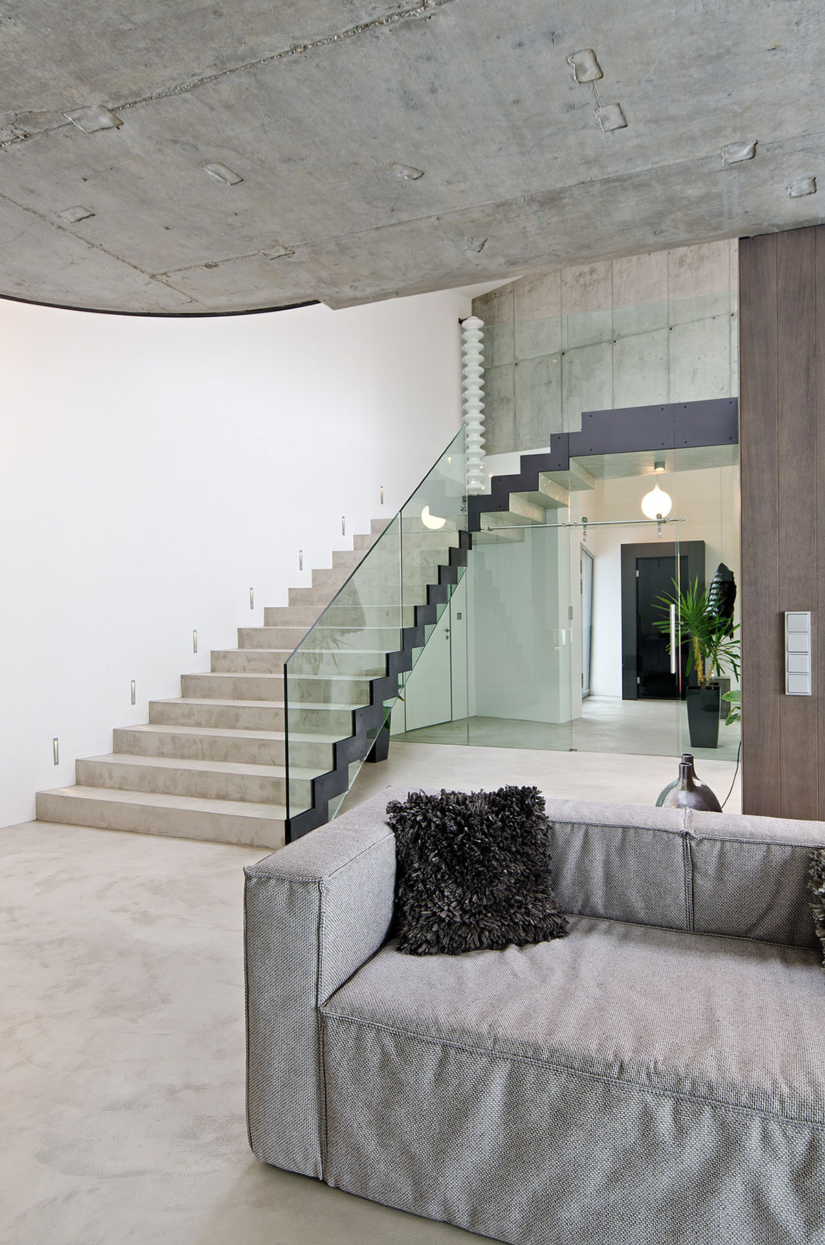 Concrete Interior by oooox (3)