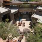 Home in Paradise Valley by Swaback Partners (1)