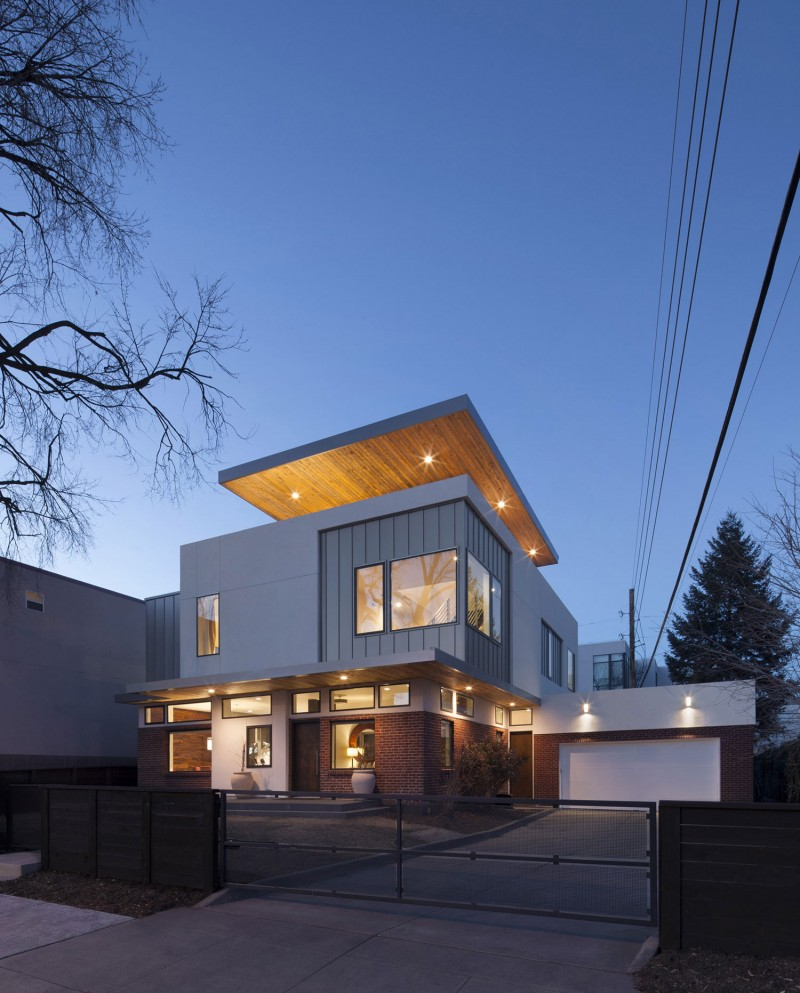 Shift top house by meridian 105 architecture for In house architect