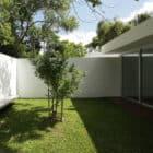 Bunker House by Estudio Botteri Connell (4)