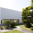 Garden Tree House by Hironaka Ogawa Associates (2)