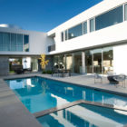 Modern Family Home by Dennis Gibbens Architects (3)