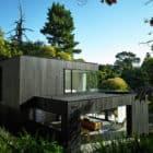 Waiatarua House by Hamish Monk Architecture (3)