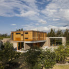 Cotacachi House by Arquitectura X (1)