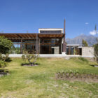 Cotacachi House by Arquitectura X (2)
