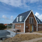 Holiday Home in Vlieland by Van Egmond Architecture (1)