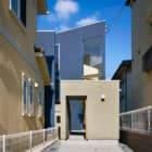 House in Uenoshiba by Fujiwaramuro Architects (1)