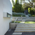 Santa Monica Canyon Residence by Griffin Enright  (1)