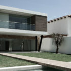 C House by Sommet Asociados (1)
