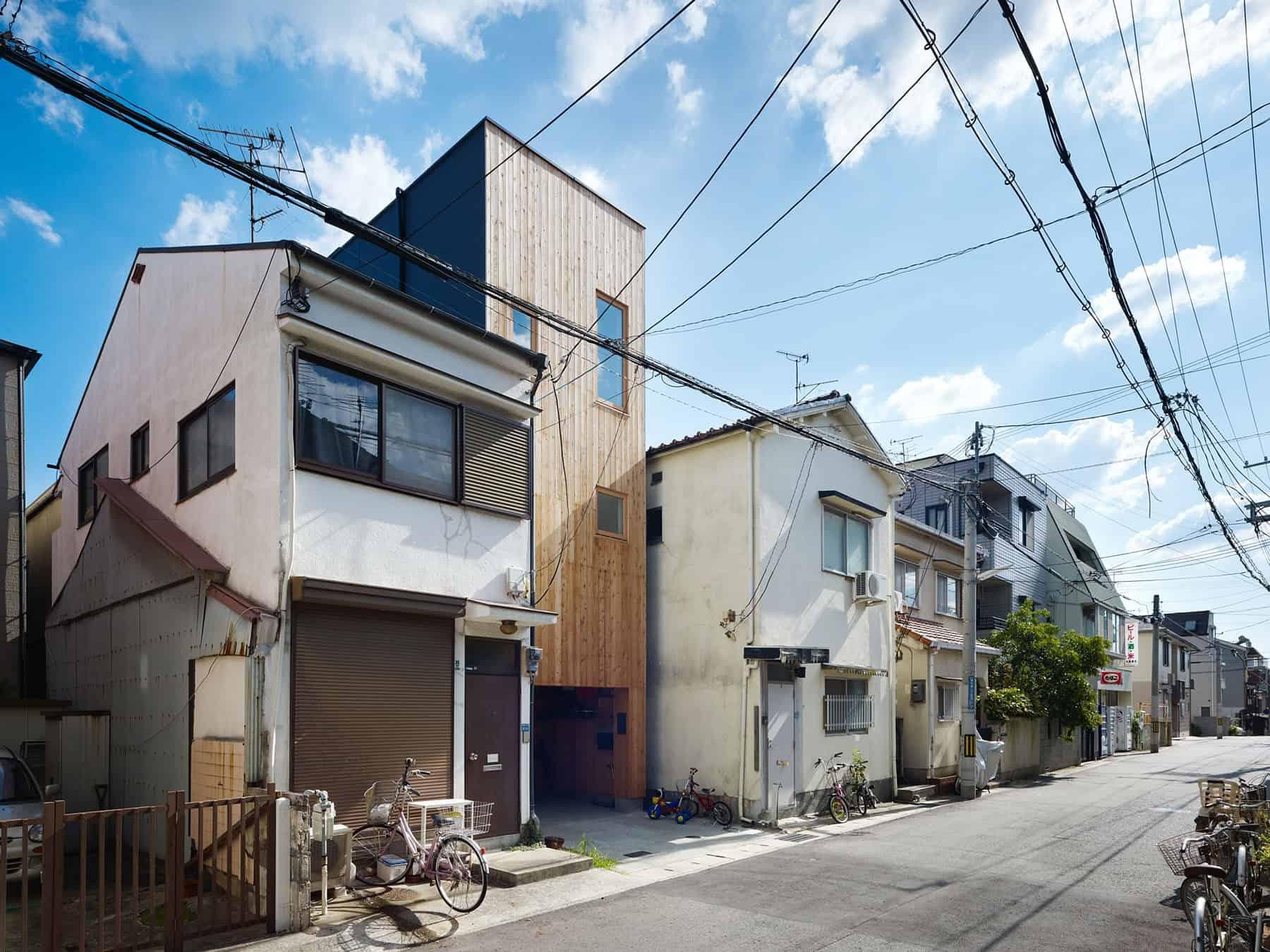 House in Nada by Fujiwarramuro Architects