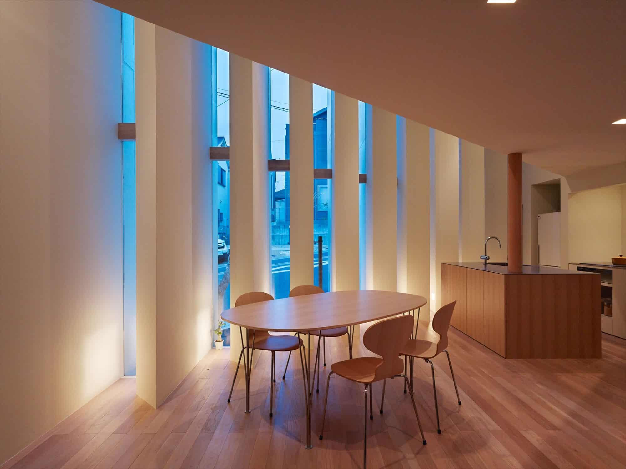 House in Muko by Fujiwarramuro Architects (5)