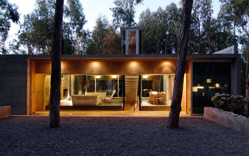 Omnibus house by gubbins arquitectos for Casa minimalista bosque