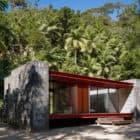 Rio Bonito House by Carla Juacaba (3)