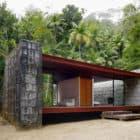 Rio Bonito House by Carla Juacaba (4)