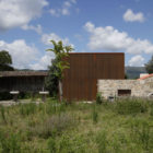 House in Sequeiros by Topos Atelier de Arquitectura (2)