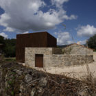 House in Sequeiros by Topos Atelier de Arquitectura (3)