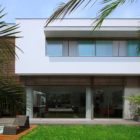 Street House by Seinfeld Arquitectos (1)
