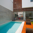 Street House by Seinfeld Arquitectos (3)