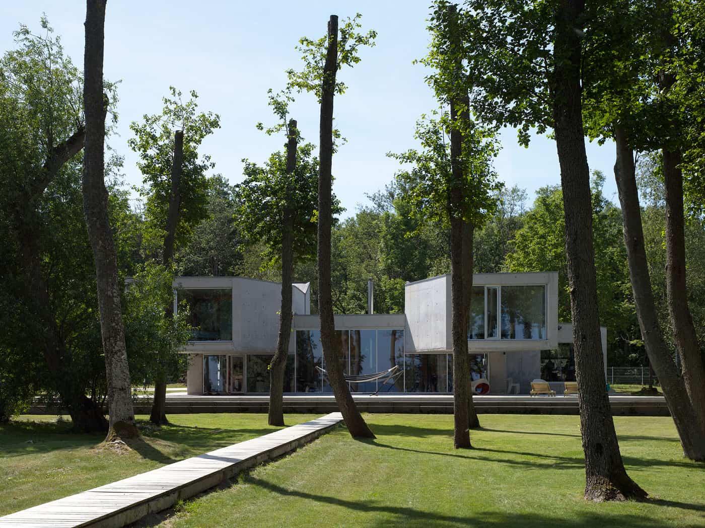 Villa Lokaator by Kavakava Architects (1)