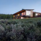 Gros Ventre Residence by Stephen Dynia Architects (1)
