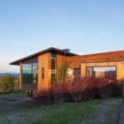 Gros Ventre Residence by Stephen Dynia Architects (2)