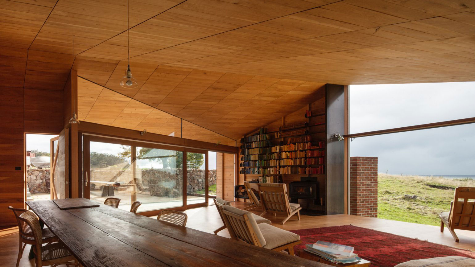 Shearers quarters by john wardle architects for Beach house designs tasmania