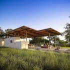 Story Pool House by Lake Flato (1)