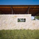 Story Pool House by Lake Flato (3)