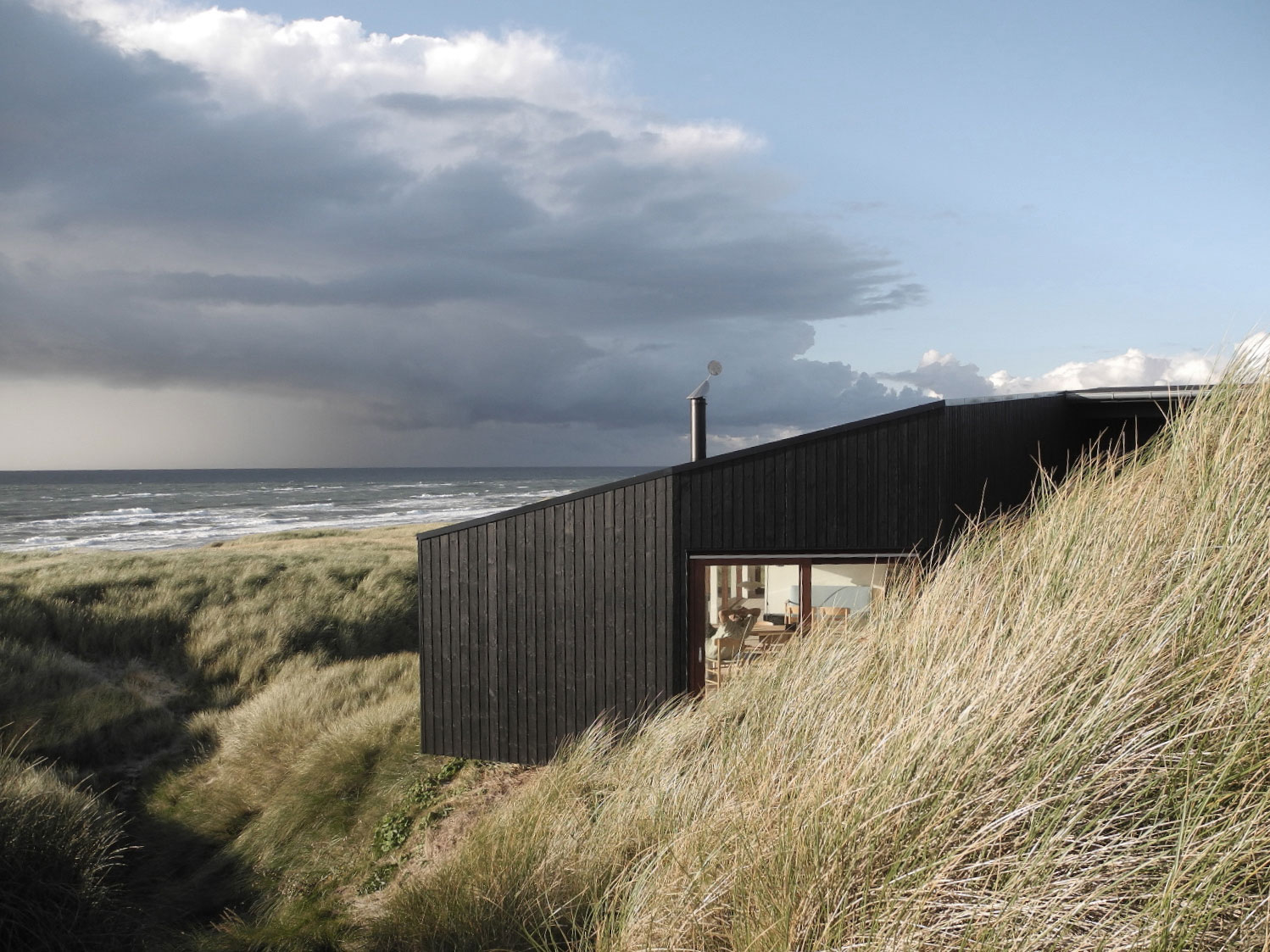Danish Summer House Design: Vacation House In Henne By Mette Lange Architects