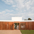 Villa Sifera by Josep Camps and Olga Felip (1)