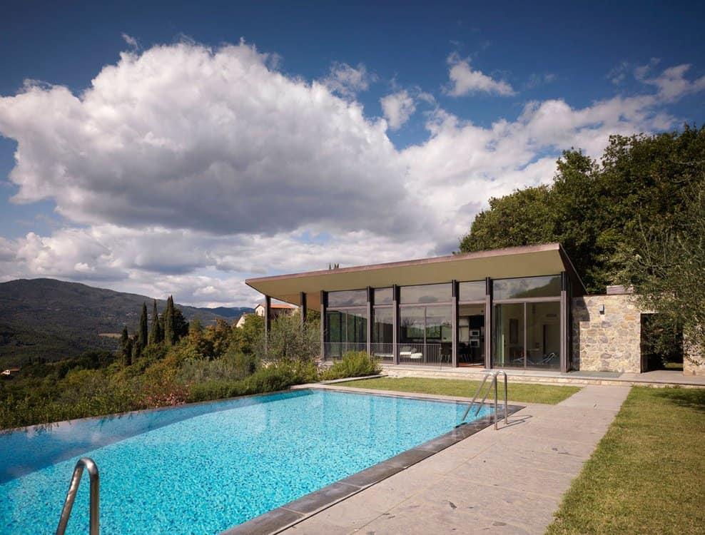 Fioravanti Poolhouse by MDU Architects