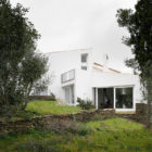 Beach House in Ses Oliveres by Toni Girones (2)