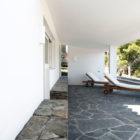 Beach House in Ses Oliveres by Toni Girones (5)