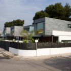 Six Semi Detached Houses Isolated House in Rocafort by Antonio Altarriba Comes (1)