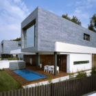 Six Semi Detached Houses Isolated House in Rocafort by Antonio Altarriba Comes (2)