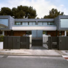 Six Semi Detached Houses Isolated House in Rocafort by Antonio Altarriba Comes (4)