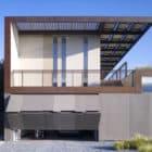 Yin-Yang House by Brooks Scarpa (2)