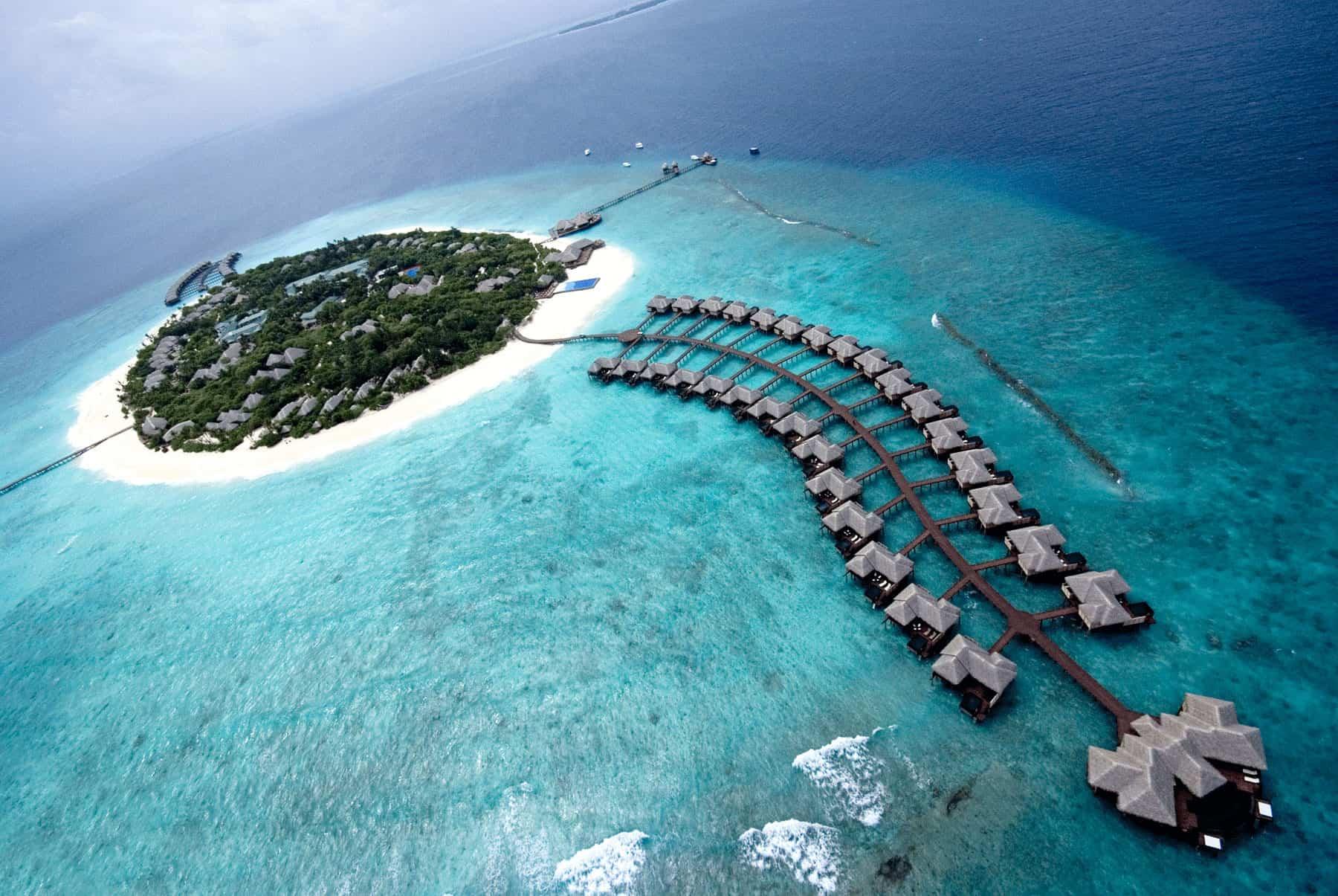 Beach House Iruveli – Maldives