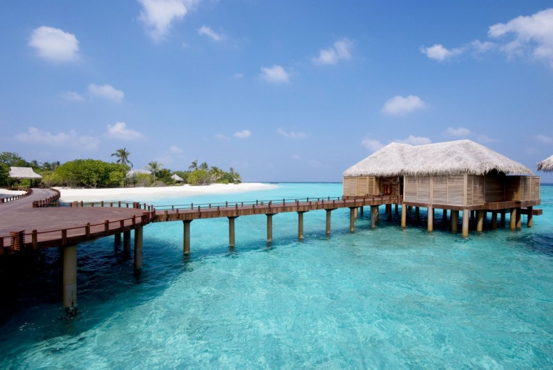 Beach House Iruveli Maldives