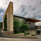 Hill Country Residence by Cornerstone Architects (1)