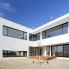 House on the Bluff by Edward Suzuki Associates (4)