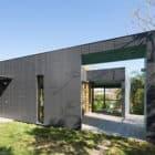 Taringa House by Loucas Zahos Architects (4)