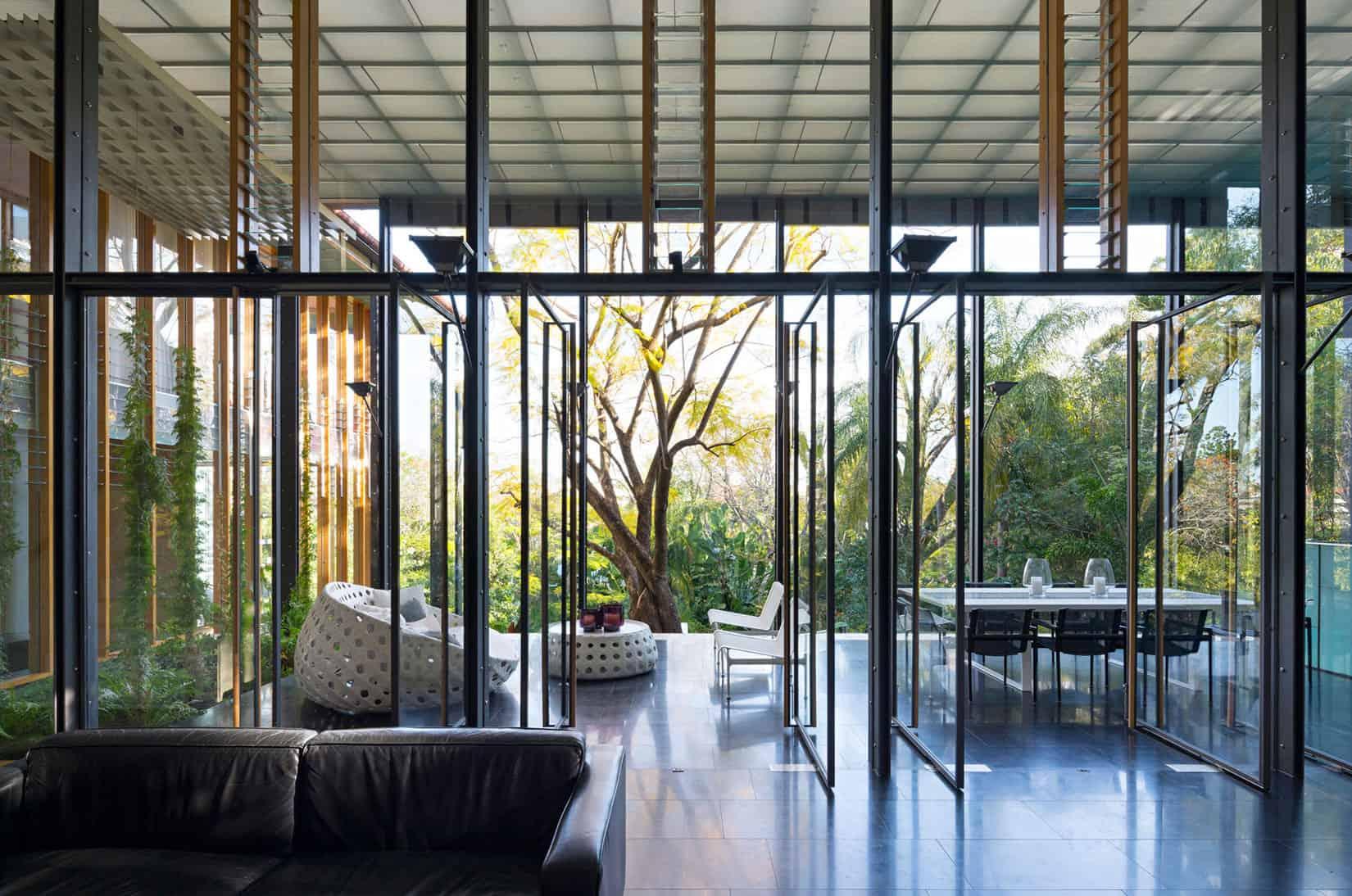 Taringa House by Loucas Zahos Architects