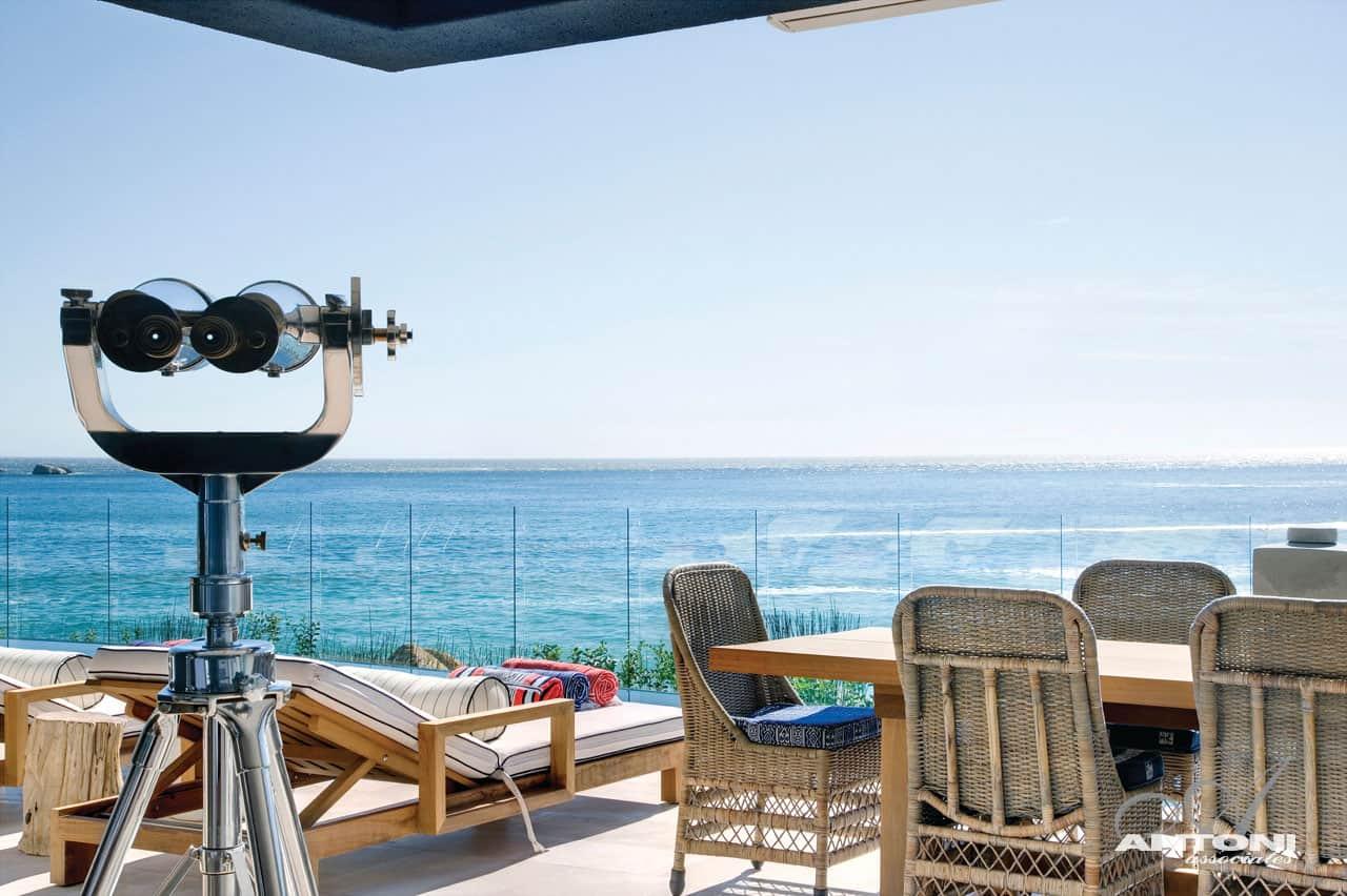 Clifton Beach by Antoni Associates (1)