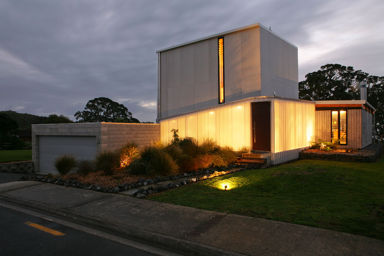 Coopers Beach House by Dorrington Architects Associates